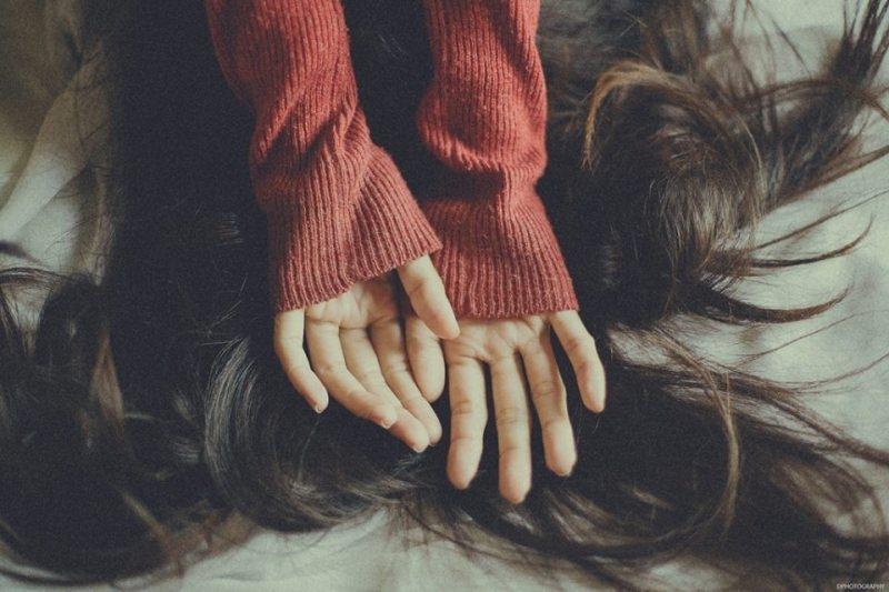 Rõ ràng chỉ là thích, lại cứ ngỡ là yêu. Rõ ràng đã sớm xa, lại vẫn luôn nhớ mãi