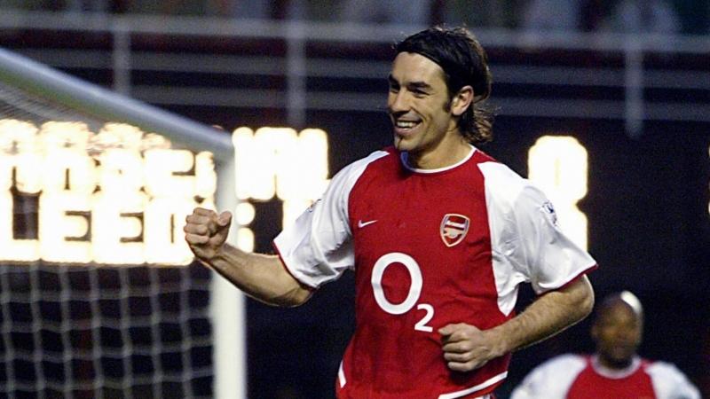 Pires trở thành số 7 huyền thoại của Arsenal chỉ trong 6 năm thi đấu ở đây.