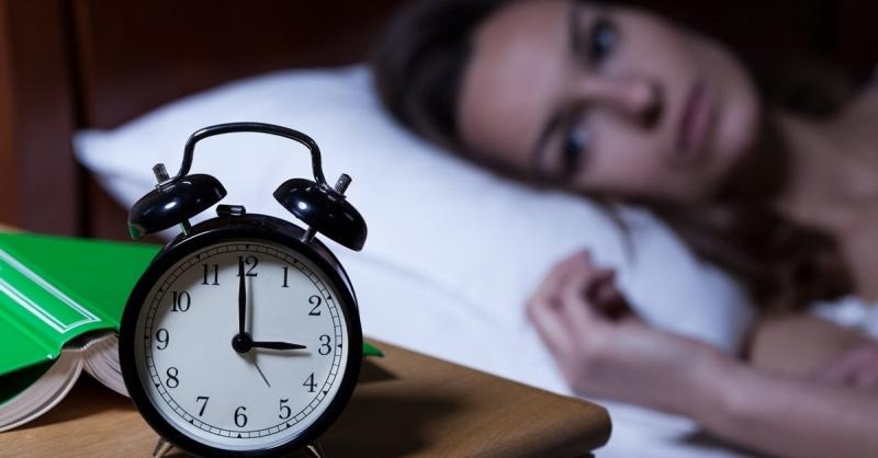 Thứ đầu tiên bị ảnh hưởng khi bạn đến thời kỳ mãn kinh là giấc ngủ.