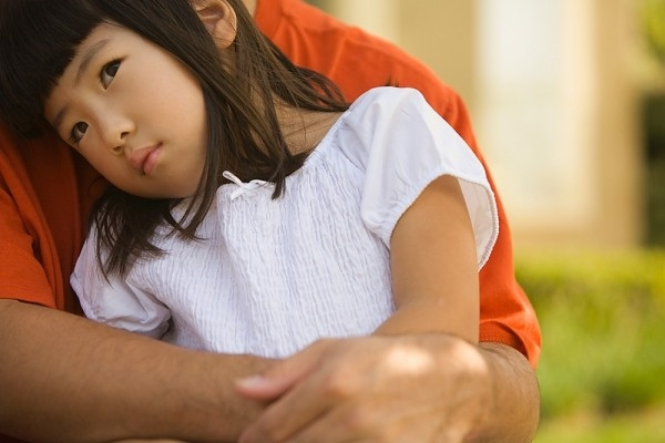 Trẻ tự kỷ rối loạn ngôn ngữ