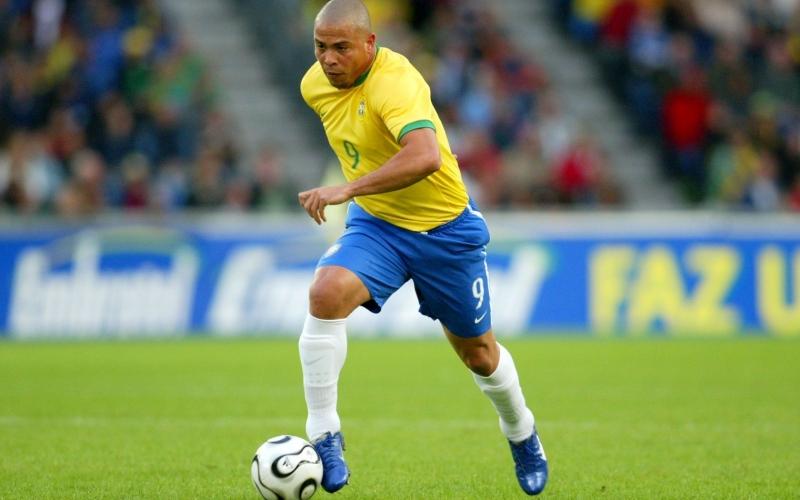 Top 10 cầu thủ ghi được nhiều bàn thắng nhất tại các kỳ World Cup
