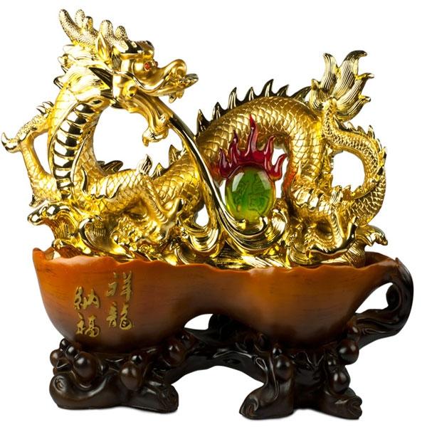 Rồng là biểu tượng của quyền lực và địa vị trong tín ngưỡng dân gian.