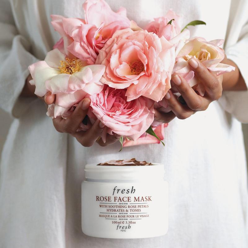 Mặt nạ Fresh Rose Face Mask dịu nhẹ nên bạn có thể dùng hàng ngày.