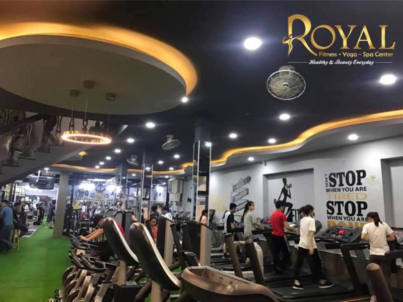 Trang thiết bị tại Royal Fitness Center