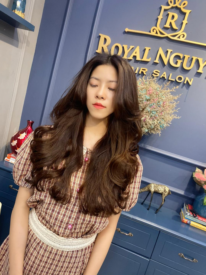 Royal Nguyễn Hairstylist