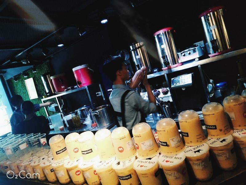 Quầy pha chế của Royal Tea