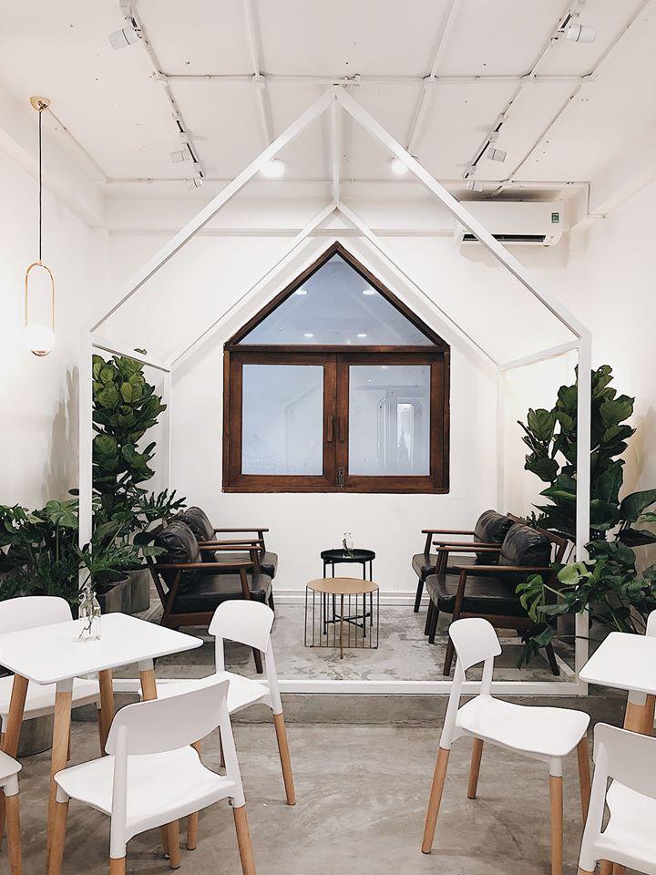 Top 5 Quán cà phê tông trắng được yêu thích ở quận 1, TP. HCM
