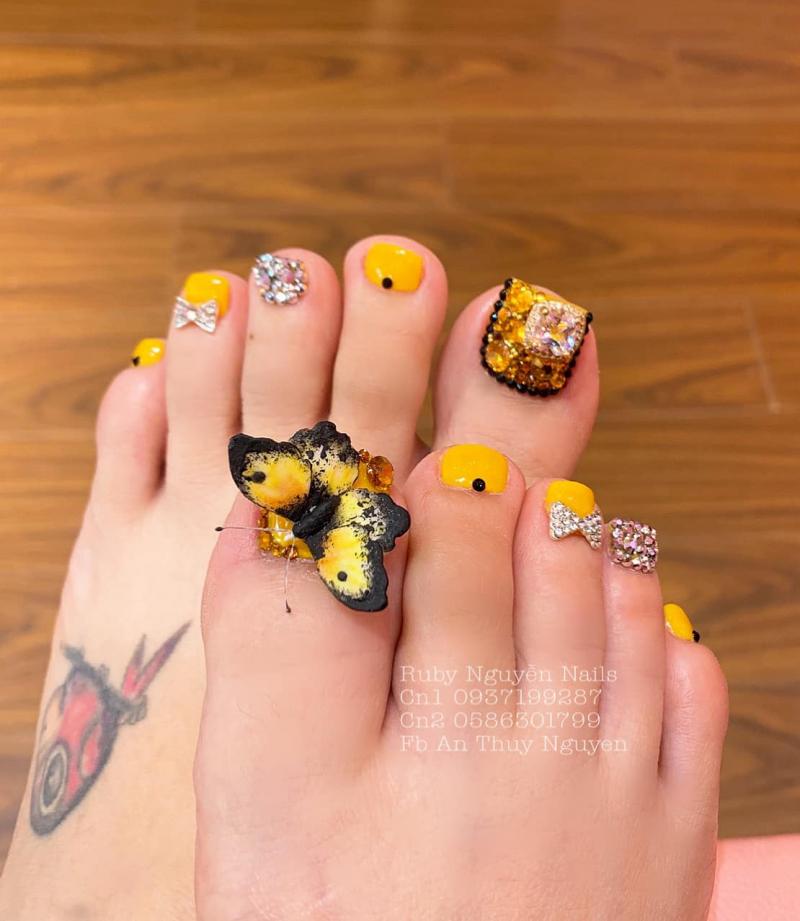 Ruby Nguyễn Nails