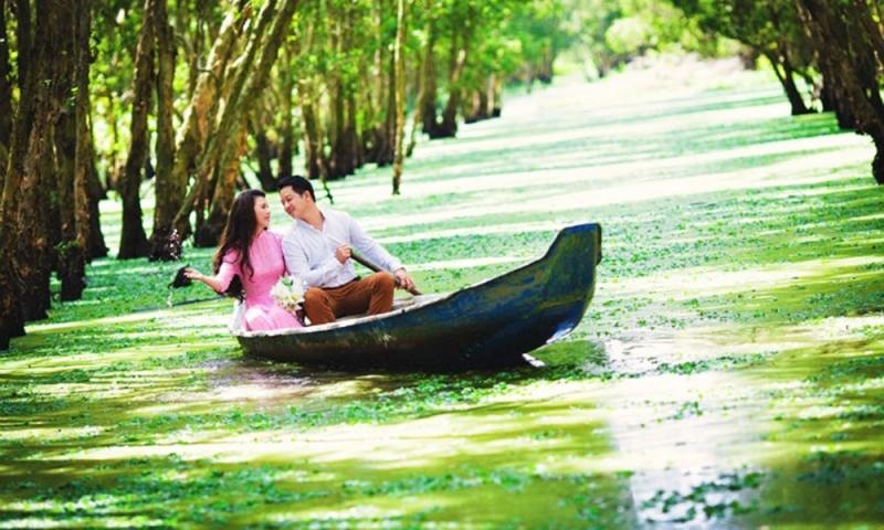 Rừng tràm Trà Sư – điểm hẹn chụp ảnh cưới độc đáo ở miền sông nước