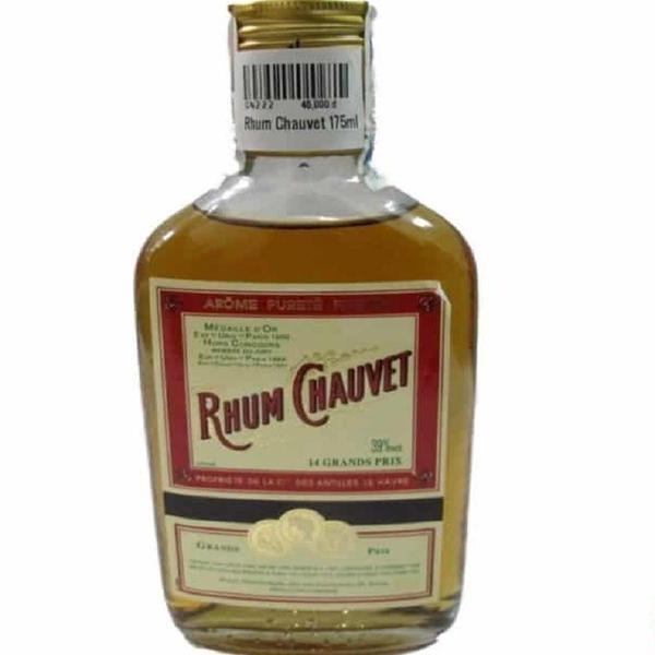 Rhum Chauvet là một loại rượu nổi tiếng được chưng cất đặc biệt từ mật mía của quần đảo Antilles
