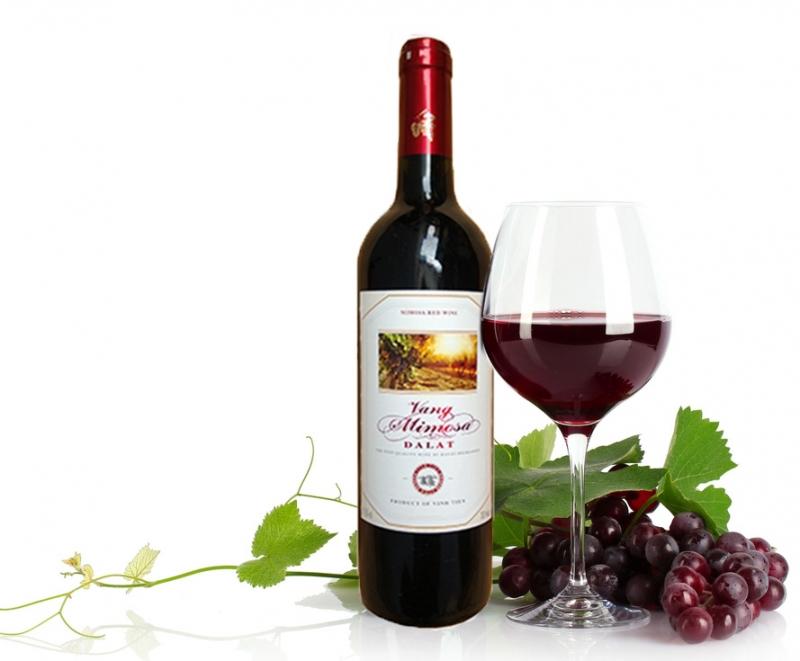Rượu vang tốt cho phụ nữ trung niên