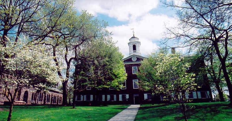 Rutgers University được biết đến như một trường đại học tốt nhất tại tiểu bang New Jersey của Mỹ