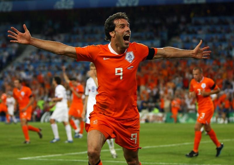 Van Nistelrooy thi đấu cực hay cùng đội tuyển Hà Lan tại Euro 2008
