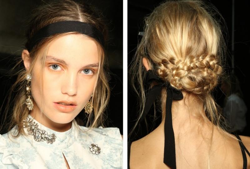 Ruy băng được chọn làm phụ kiện tóc chính cho các người mẫu trong show thời trang xuân-hè của Erdem