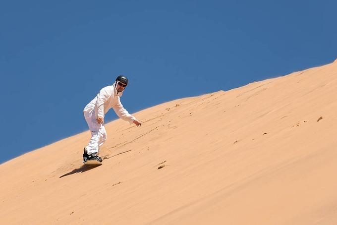 Trượt cát trên sa mạc Doha