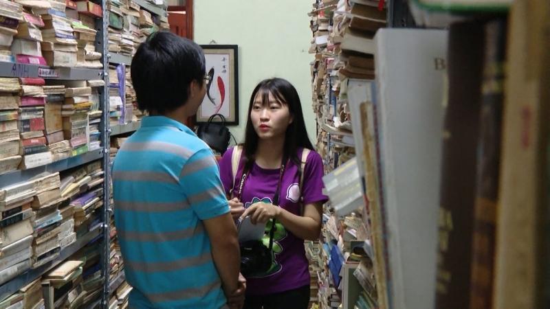 Phóng viên 24h đến phỏng vấn Sách cũ Hà Thành