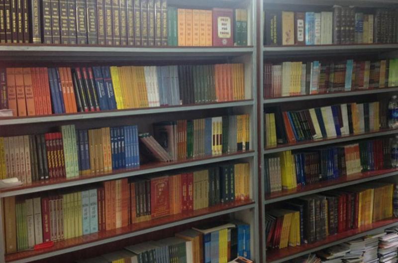 Sách Thảo Mon