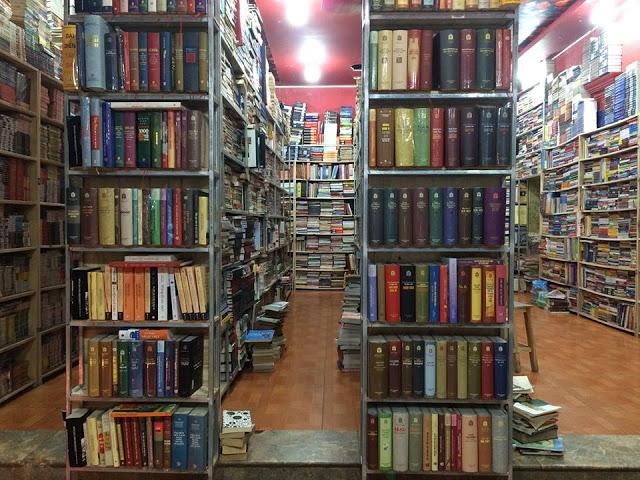 Cửa hàng Sách Xưa & Nay