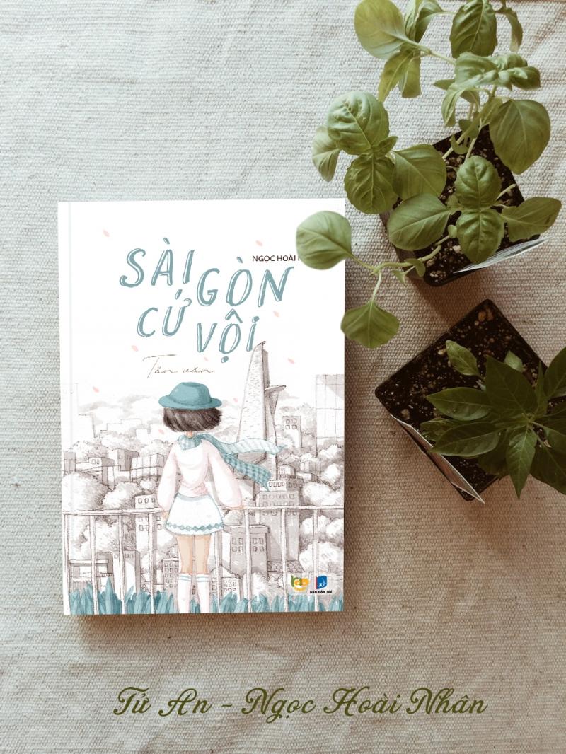 Cuốn sách sẽ không chỉ mang đến cho bạn một Sài Gòn cứ vội vã mà bên trong nó là một khoảng