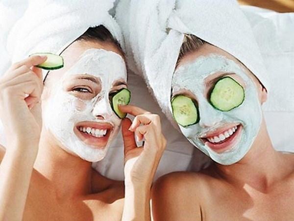 Lạm dụng đắp mặt nạ khiến da bị mất cân bằng ẩm