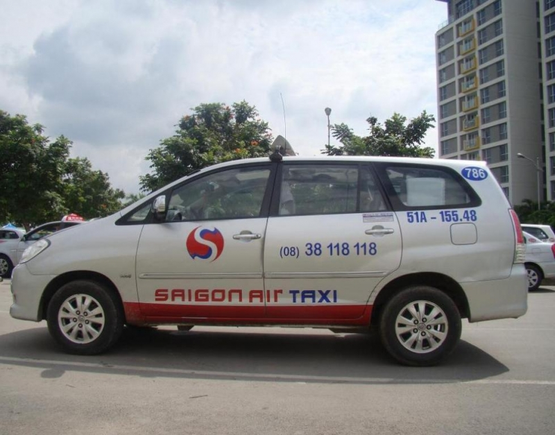 Xe của Saigon Air taxi chuyên nghiệp