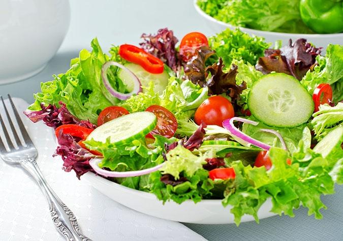 Salad trộn dấm - món ăn không gây béo yêu thích của chị em