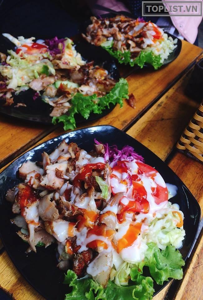 Salat Kebab.