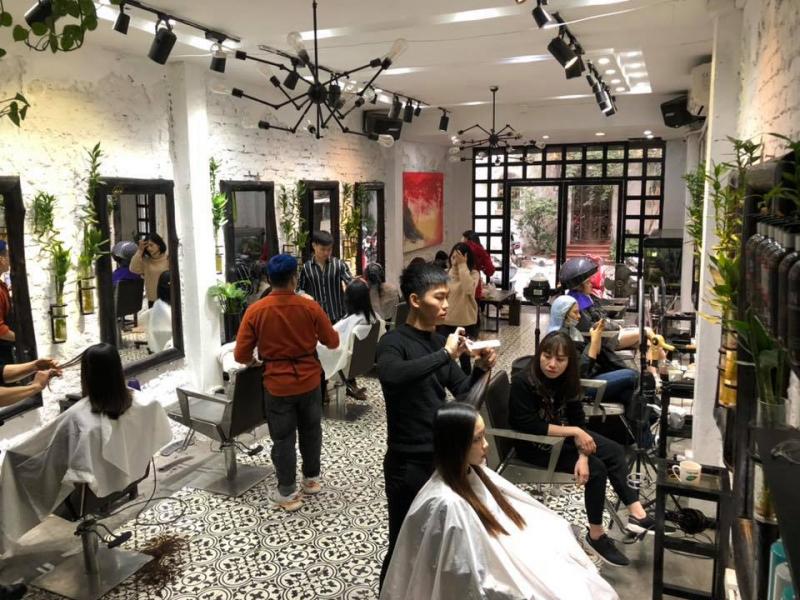 Salon Anh Tú