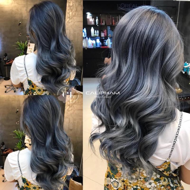 Salon Cali Phạm đang tạo mẫu tóc