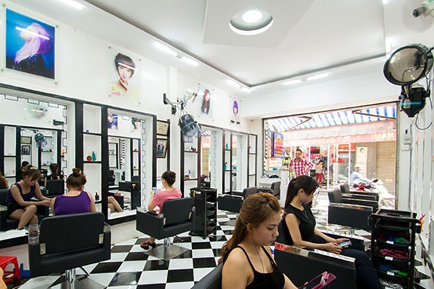 Gia Hân luôn mong muốn giúp các khách hàng của mình có những kiểu tóc phù hợp nhất