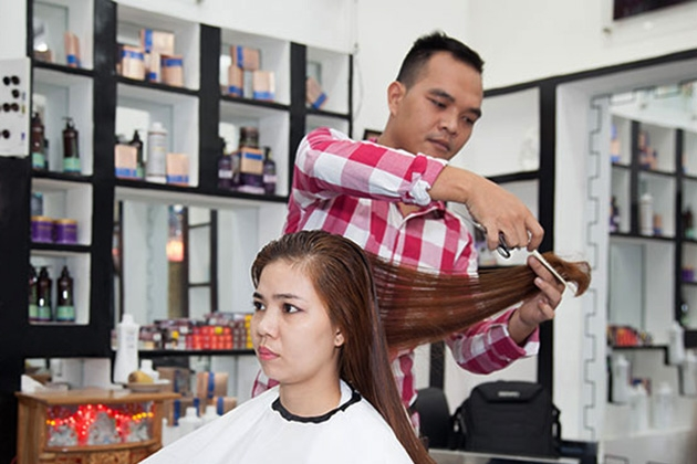 Đến với salon bạn sẽ được tư vấn kiểu tóc đẹp nhất cho mình