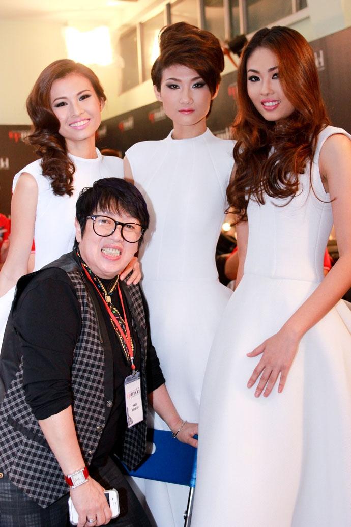 Salon đặc biệt thu hút các nữ doanh nhân thành đạt cũng như giới nghệ sĩ bởi do chính chị Khánh Vĩnh Hoàng làm chủ