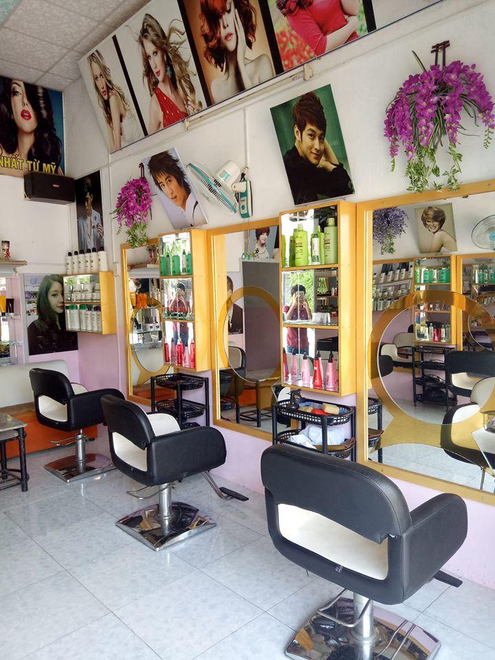 Salon Sangrocksy