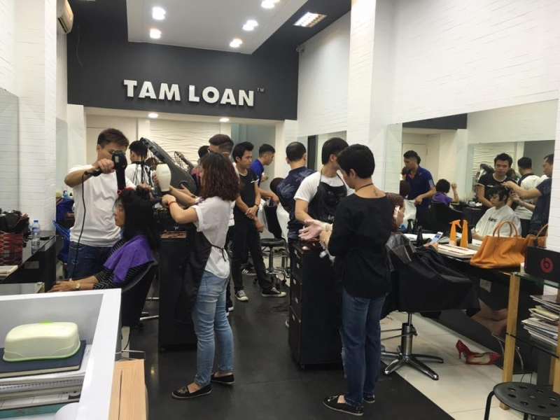 Salon Tâm Loan