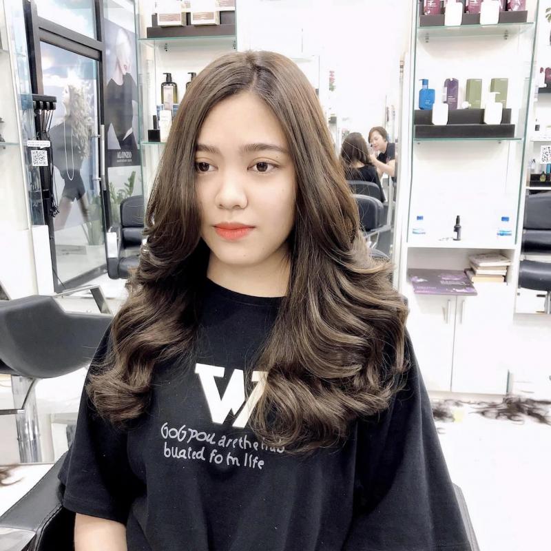 Salon tóc đẹp Dĩ An