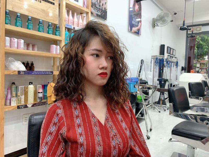 Salon Tóc Tấn Lộc Con