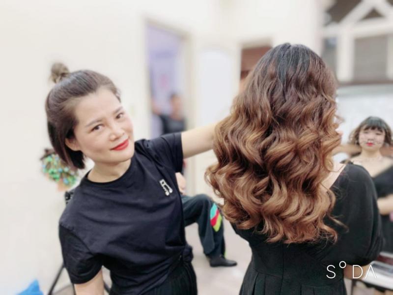 Salon Thu Hường cam kết mang đến cho quý khách hàng những sản phẩm, dịch vụ tốt nhất và hiệu quả nhất