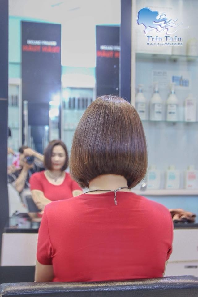 Salon Trần Tuấn