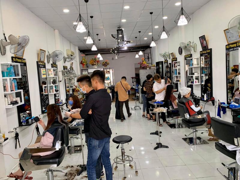 Salon Vũ Phong Cách