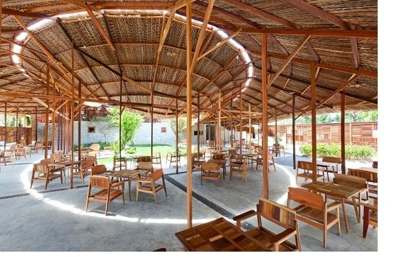Salvaged Ring Café đã vinh dự giành cho mình giải thưởng Wood Excellence Awards