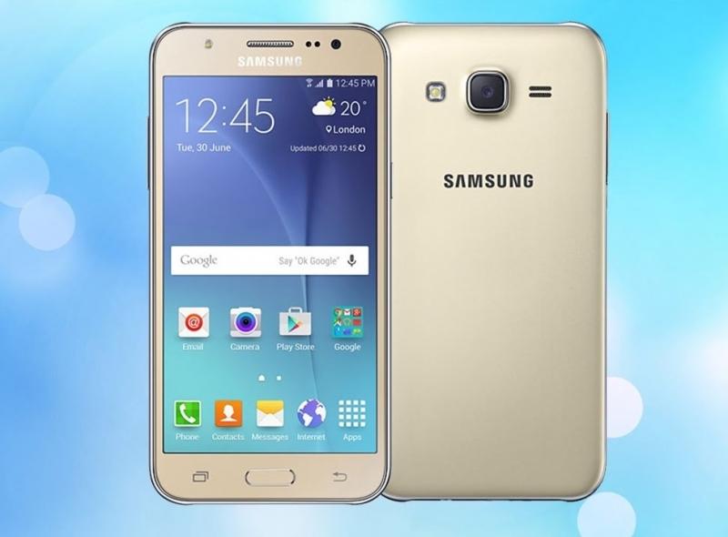 Samsung Galaxy J5 có điểm nhấn nổi bật là hệ thống camera trước và sau đầy ấn tượng