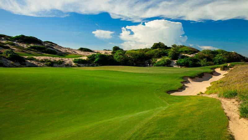 Sân golf Hồ Tràm