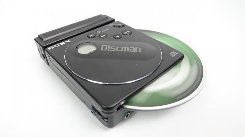 Máy đọc đĩa Compact /CDllip