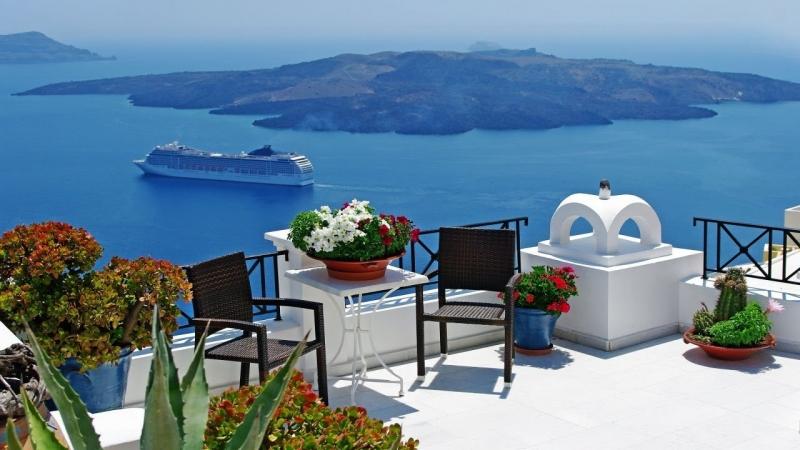 Santorini - hòn đảo đẹp như mơ dành cho người đang yêu