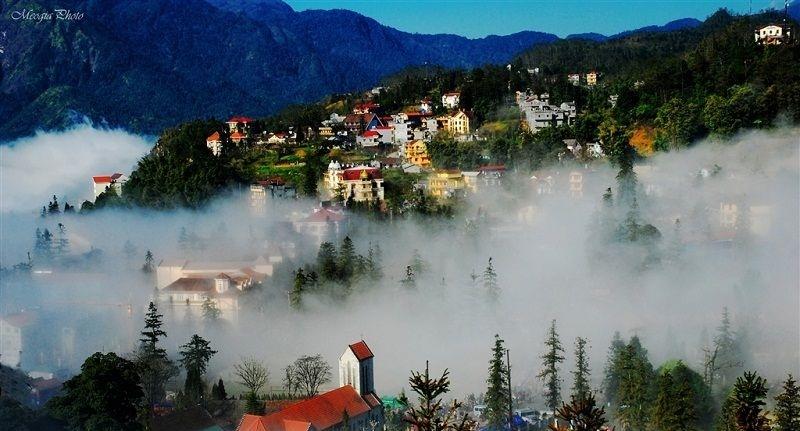 Lớp sương mù phủ kín thành phố