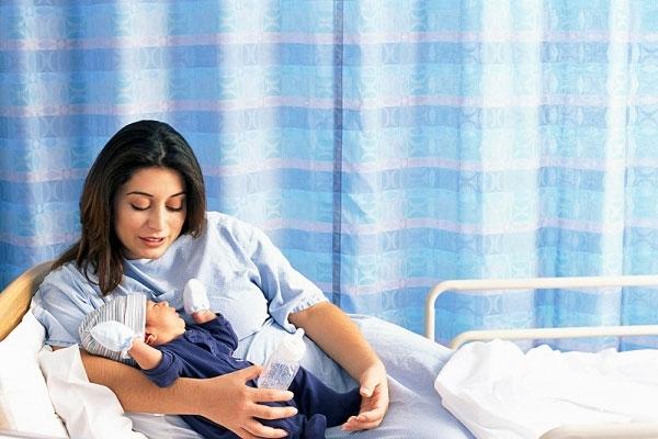 Chi phí nằm viện sau sinh thường không mất nhiều