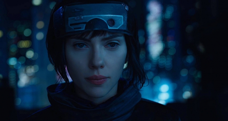 Scarlett Johansson trong phim Ghost in the Shell
