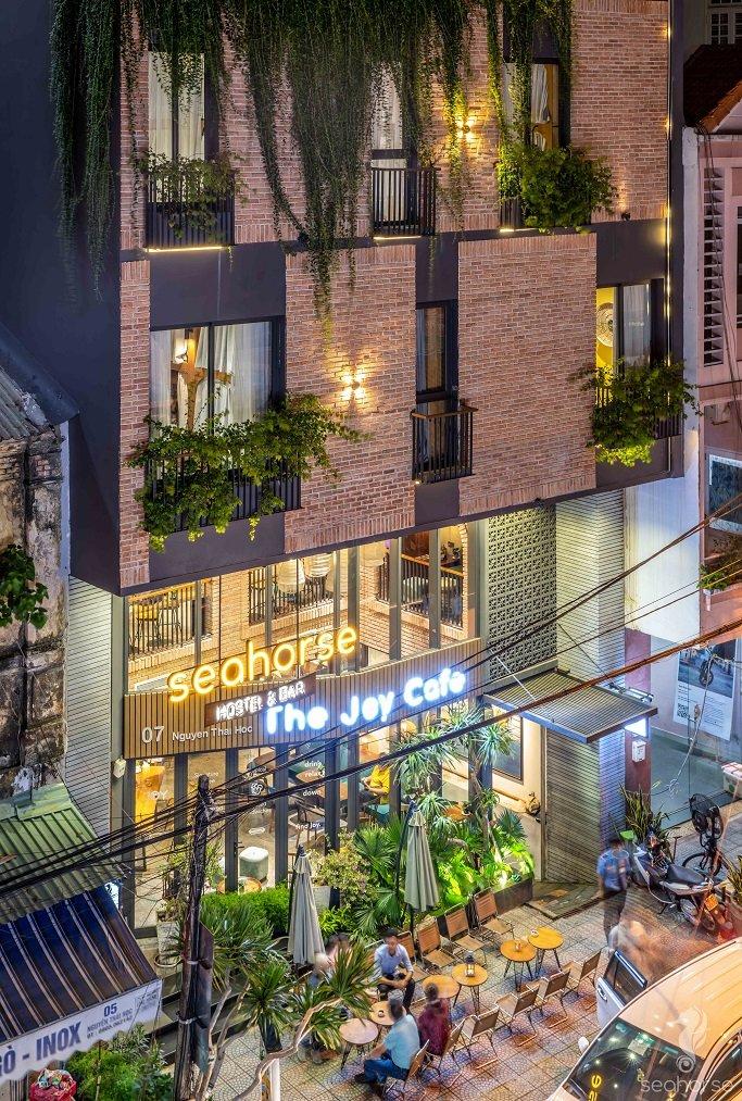 Seahorse Hostel & Bar by HAVI