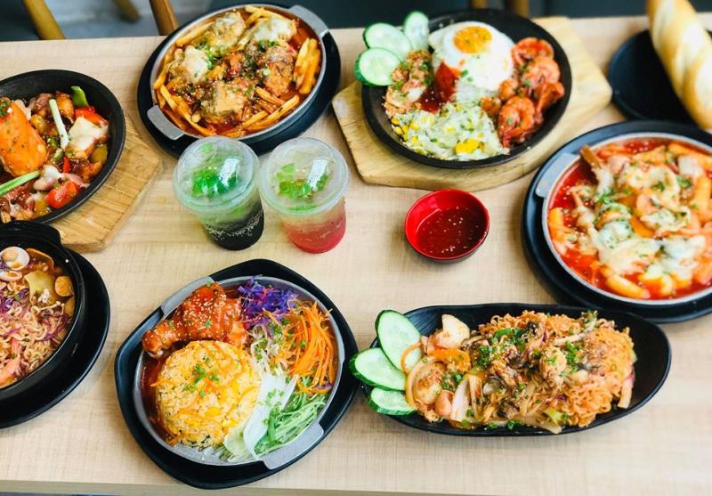 Ngoài mì cay, Seoul Delive còn có menu cực kỳ đa dạng các món ăn hấp dẫn đến từ xứ sở Kim chi Hàn Quốc