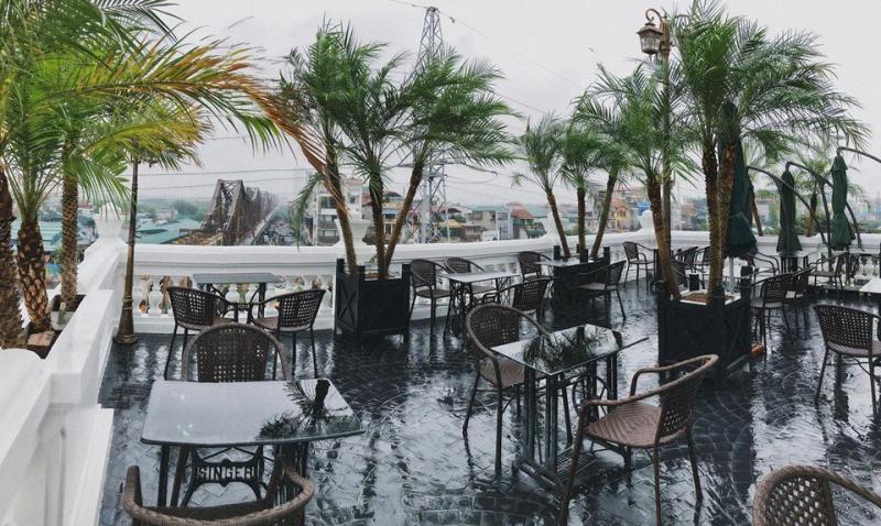 Serein Café & Lounge